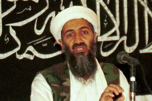 Mẹ của trùm khủng bố Bin Laden tuyên bố con trai bị 'tẩy não' tại trường đại học