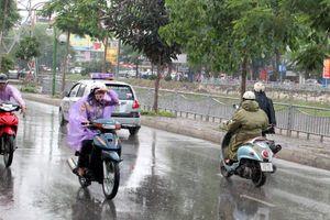 Mưa rải rác giúp 5/10 khu vực đo tại Hà Nội đạt chất lượng không khí tốt