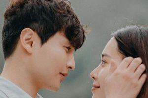Nam Em tình tứ với trai đẹp Hàn Quốc trong phim ngắn 'Gọi tên nỗi đau'