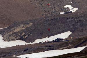 Hai máy bay rơi liên tiếp tại Thụy Sĩ, 24 người thiệt mạng