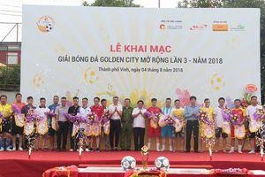 Giải bóng đá 'vàng' tại thành Vinh chính thức khai mạc
