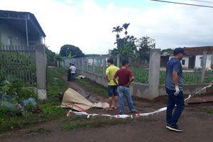 Hai thanh niên chết bất thường bên đường liên thôn