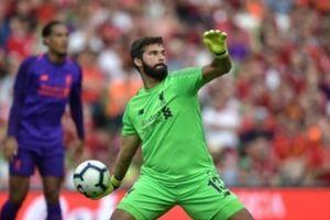 5 điểm nhấn Liverpool 5-0 Napoli: 'Pirlo' Alisson, Salah xóa tan hoài nghi