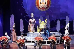 Mối tình Mỵ Châu-Trọng Thủy và chữ 'tình' trong 'Chiếc áo thiên nga'