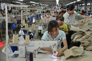 Các cấp CĐ tỉnh Thái Bình: Thuyết phục chủ doanh nghiệp nước ngoài chăm lo cho CNLĐ