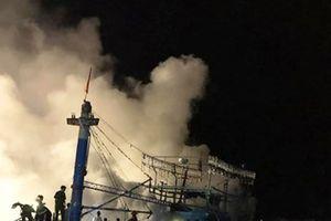 Nghệ An: Cháy tàu cá thiệt hại hàng tỉ đồng