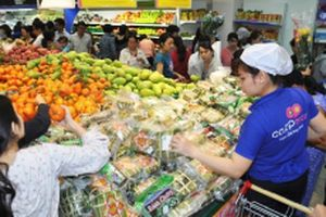 Tôn vinh doanh nghiệp đóng góp ngân sách cao, thiết thực ủng hộ hàng hóa Việt Nam