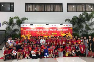 Học sinh Trường UKA đạt giải cao kỳ thi toán quốc tế