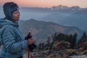 Ngưỡng mộ hành trình chinh phục Himalaya của bà mẹ Ấn Độ và con trai