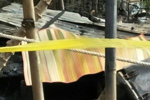 Cà Mau:Nửa đêm cầm dao chém vợ, đốt nhà khiến hai người chết cháy