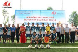 Khởi tranh Cúp Gỗ Minh Long trên sân bóng PVF