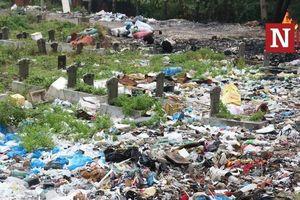 Nghĩa trang Bình Hưng Hòa bỗng dưng biến thành nơi 'chôn rác'