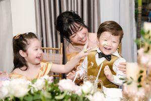 Thiên thần Cadie Mộc Trà cưng hết nấc đón sinh nhật bên mẹ Elly Trần