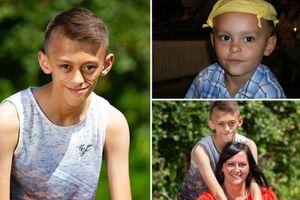 Virus bí ẩn khiến cậu bé 11 tuổi trông như cụ ông 70