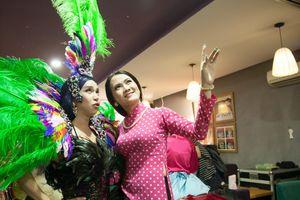 Ngọc nữ lô tô Tâm Thảo thích diện áo dài mỗi khi đi diễn