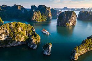 Đề xuất tăng phí tham quan vịnh Hạ Long: Tư duy làm du lịch 'một mình một kiểu'