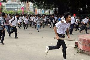 Bangladesh nỗ lực kiểm soát làn sóng biểu tình trong sinh viên