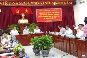 Đồng chí Võ Văn Thưởng làm việc tại Cần Thơ