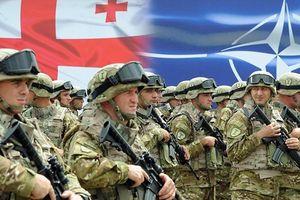 Thủ tướng Nga cảnh cáo NATO không kết nạp Georgia