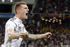 Toni Kroos được bầu là Cầu thủ xuất sắc nhất Đức mùa 2017/18