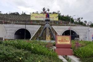 Kỳ tích những đường hầm xuyên núi