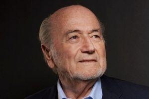 SỐC: Cựu chủ tịch FIFA thừa nhận World Cup 2022 'có mùi'