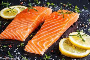 Ăn nhiều cá giúp ngăn ngừa sinh non