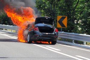 BMW Hàn Quốc xin lỗi khách hàng về những chiếc ôtô bị cháy