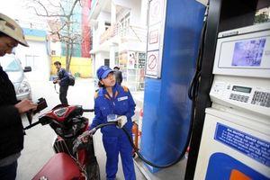 Giữ ổn định giá các mặt hàng xăng, giá dầu tăng nhẹ
