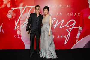 NSND Hoàng Dũng chúc mừng ca sĩ Đinh Hiền Anh ra mắt dự án âm nhạc 'Thương'