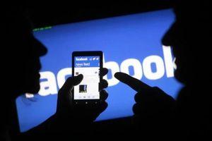 Bị khống chế lên ô tô vì 'nói xấu' trên Facebook
