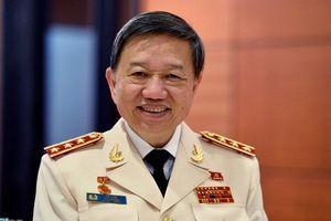 Bộ trưởng Công an trả lời chất vấn Ủy ban Thường vụ Quốc hội