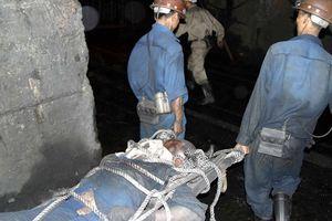 Quảng Ninh: Tai nạn hầm lò vùi lấp 2 công nhân than, 1 người đã tử vong