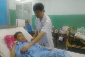 Nam thanh niên bị đồng nghiệp dùng dao bấm đâm thủng tim