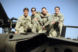 Nữ binh sĩ là 'miếng mồi ngon' bị quấy rối tình dục trong quân đội Mỹ