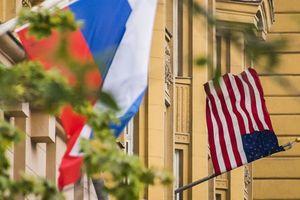 Mỹ khởi động cuộc bắt bớ người Nga