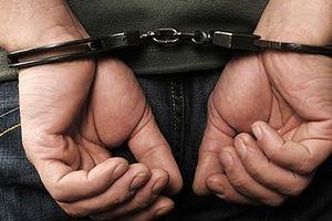 Cướp bất thành, đối tượng ngoại quốc lao ô tô vào cảnh sát giải để cứu đồng bọn