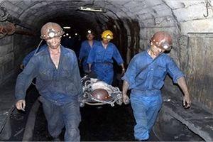Sập lò khai thác than, 2 công nhân thương vong