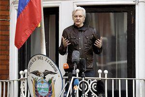Điều gì chờ đợi Assange bên ngoài Đại sứ quán Ecuador?