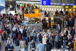 Sân bay Frankfurt sơ tán khẩn cấp do nhân viên an ninh sai sót