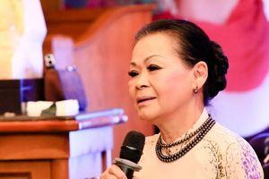 Danh ca Khánh Ly: 'Nhiều lần bạn bè gọi đến nhà hỏi thăm vì tưởng tôi chết rồi'