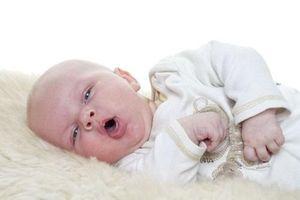 Trẻ bị viêm đường hô hấp trên nên uống thuốc gì?