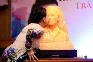 Sau 17 năm ngày mất Trịnh Công Sơn, danh ca Khánh Ly mới dám làm điều này