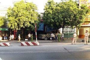 Quảng Ninh: Mâu thuẫn cá nhân, tài xế ôtô bán tải cán qua người đàn ông tử vong