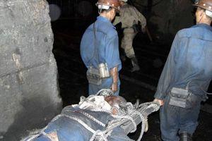 Quảng Ninh: 2 công nhân thương vong vì sập hầm khai thác than Mông Dương