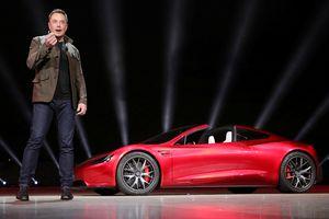 Tạm gác nỗi lo thương mại, Tesla kéo thị trường tăng