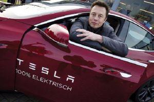 Elon Musk lấy đâu ra tiền mua lại Tesla?