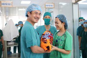 Bệnh viện Phổi Trung ương cứu sống thành công hai mẹ con sản phụ bị khó thở
