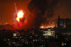 Israel phục thù, không kích 12 mục tiêu ở dải Gaza ngay trong đêm