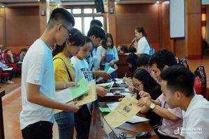 Nhiều trường đại học ở Nghệ An 'ngóng' sinh viên